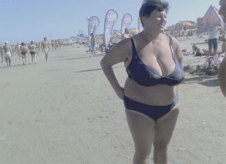 sexy look alike naked pussy