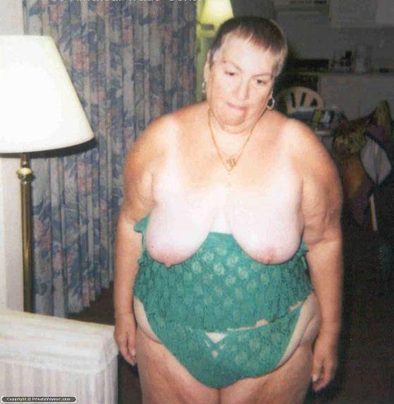 Sexy ebony booty