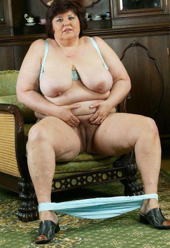 Homemade mature granny nude