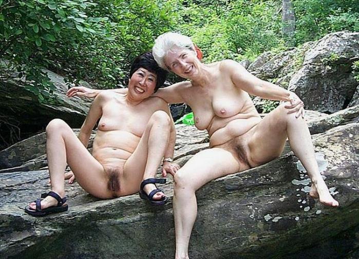 Голый бабушки эро фото