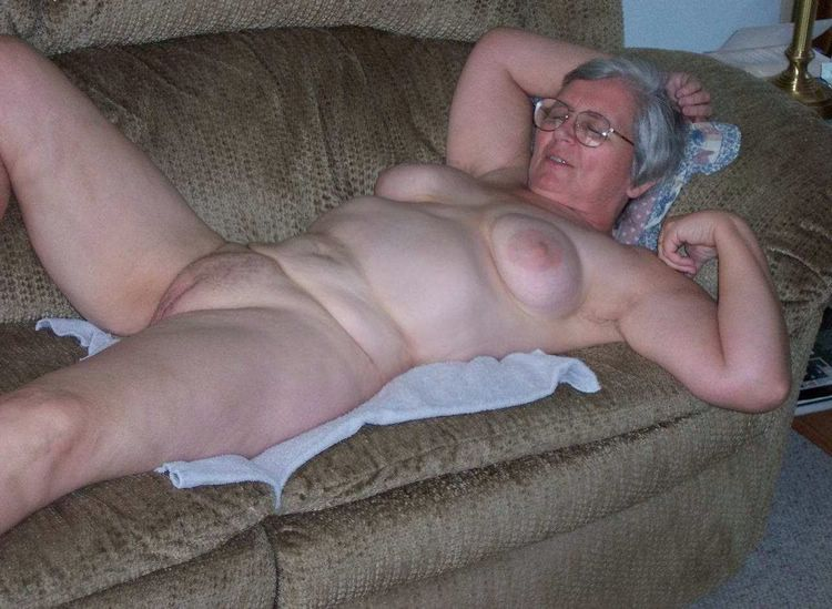 Wife Amateur Aloneamateur Granny BabesMachine 1
