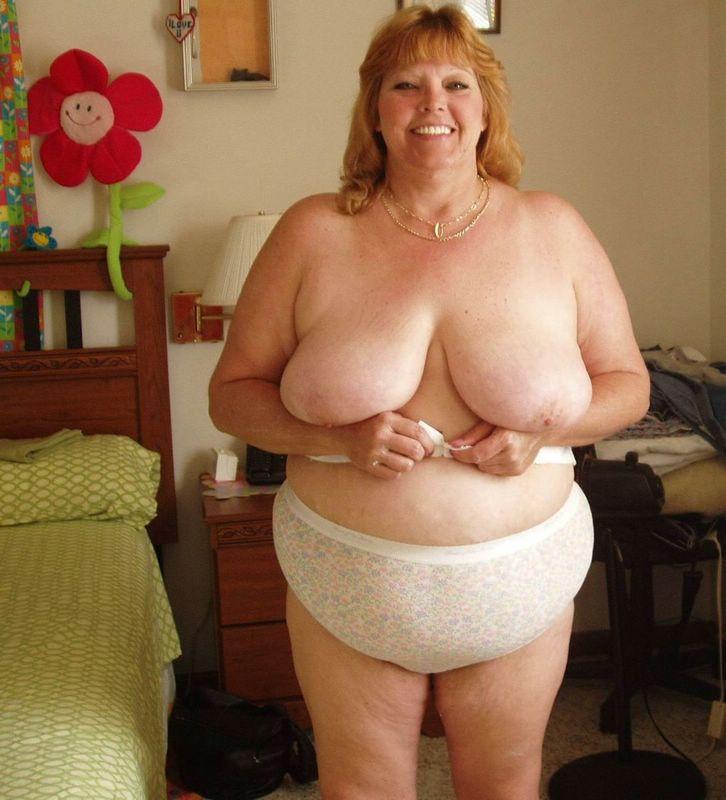 Big boob blonde pics