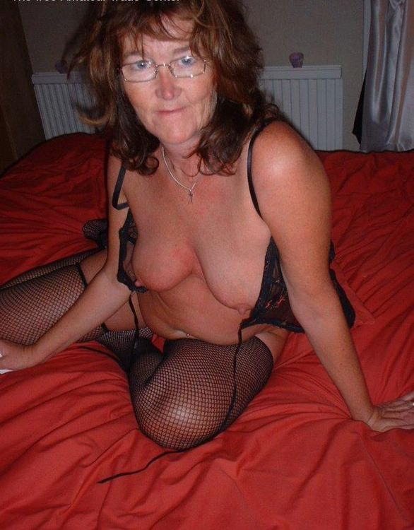 grannies home sex -