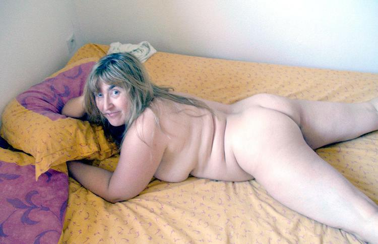 Very old naked granny