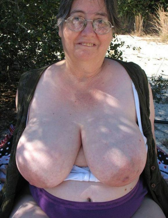 Ugly amateur fat granny